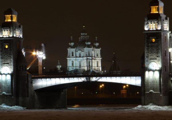 О молитвах и песнопениях общих всем службам, совершающимся в православных христианских храмах