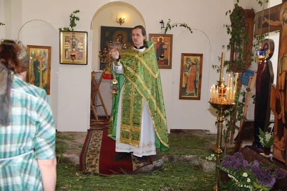 Акафист иже во святых отцу нашему Феодосию, архиепископу Черниговскому и всея России чудотворцу
