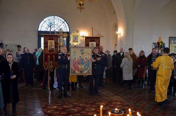 """Акафист Пресвятой Богородице перед Ея иконой, именуемой """"Смоленская"""""""