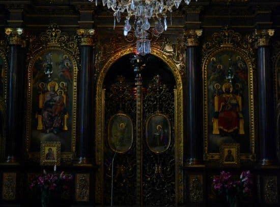 Какие молитвы должны читать миряне