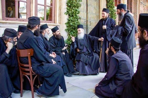 Каноны Православной Церкви: о правилах святых Апостолов