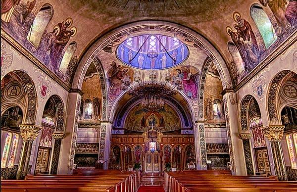 Молитва на освящение всякой вещи священником