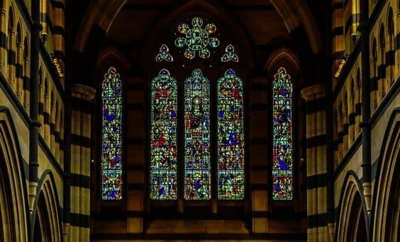 Неправославный взгляд на почитание святых икон