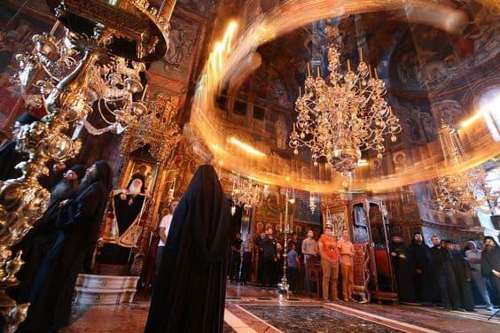 О значении Священных Канонов