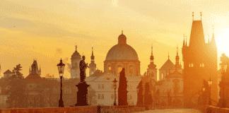 Место встречи интеллектуальной и народной культур в средневековой Западной Европе